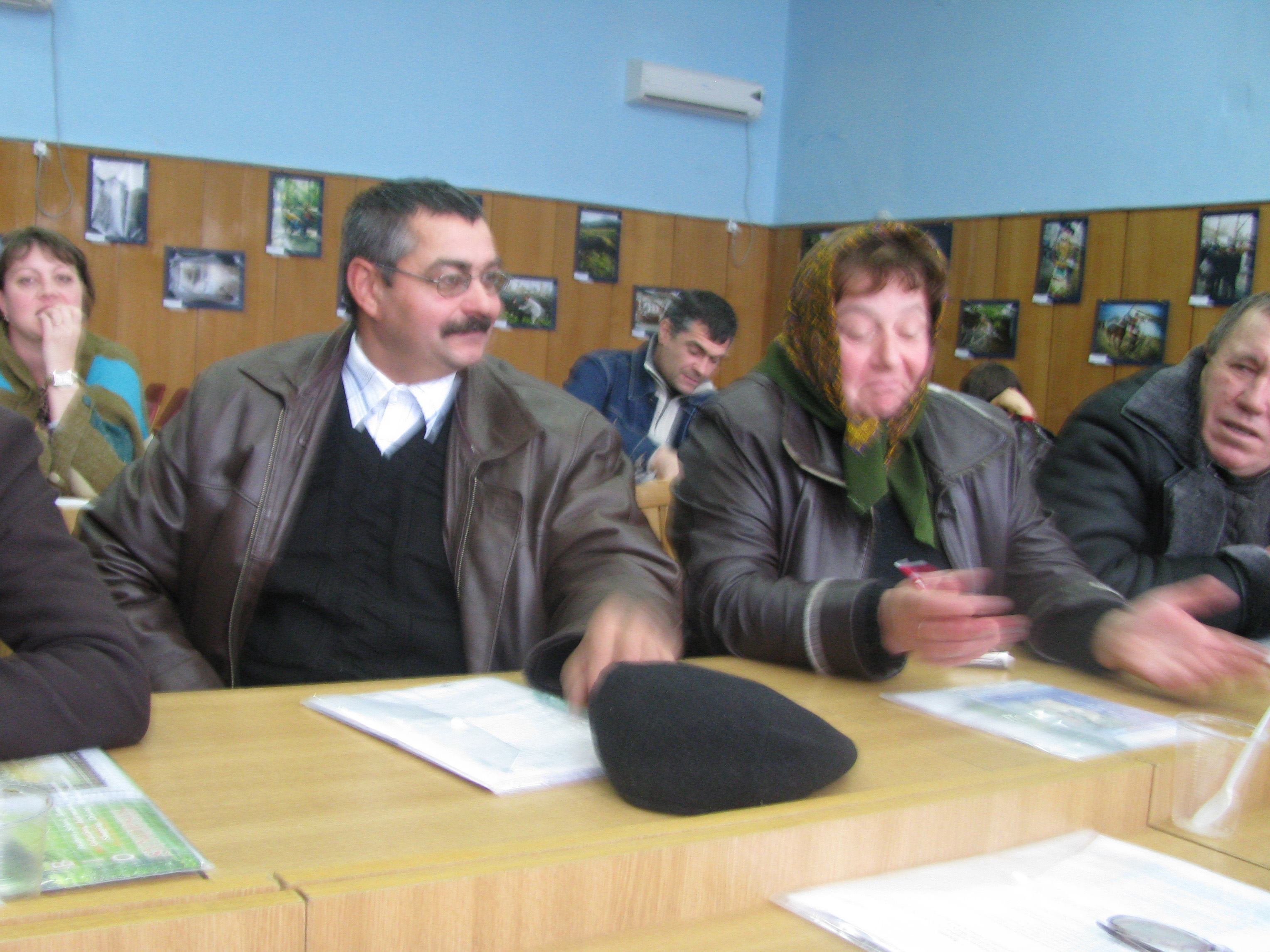 Seminar in Stefan Voda district on access to agr. info